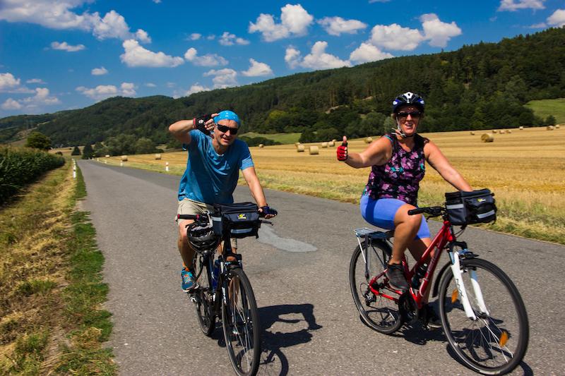 Na kole na hrad Pecka